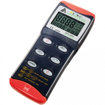 Digital thermometer for connection of 2 thermocouples